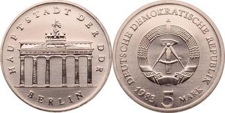 5 Mark 1983 DDR Brandenburger Tor st