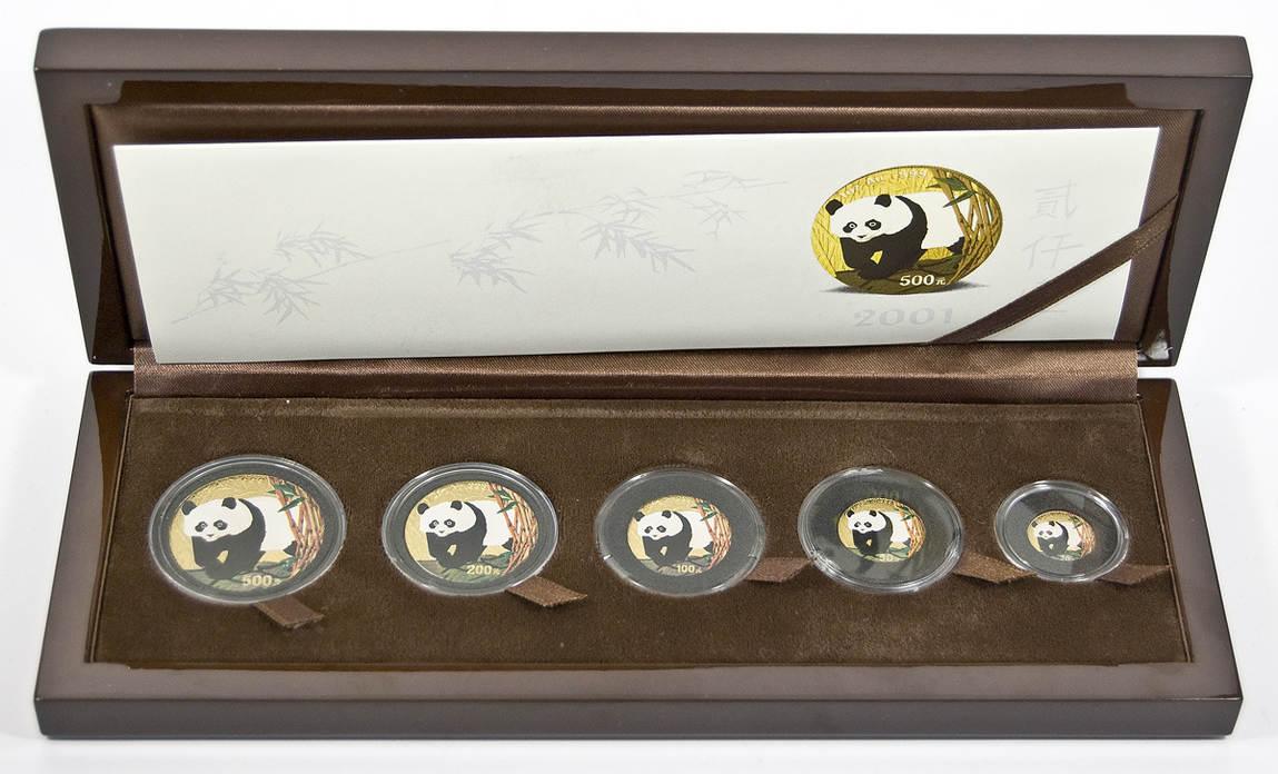 Gold-panda-premiumset, China, 870 Yuan (5 Münzen) 2001,