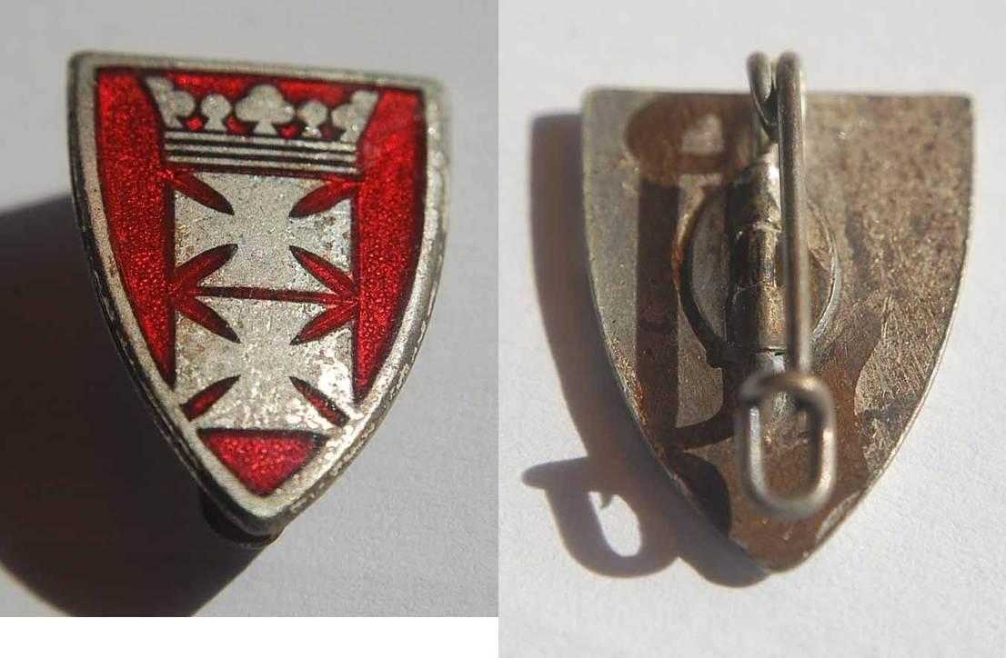 Emailliertes und versilbertes Abzeichen mit Danziger Wappen Polen / D