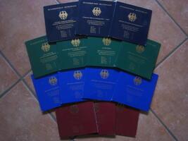 70 x 10 DM 1998 - 2001 BRD Komplette Samml...
