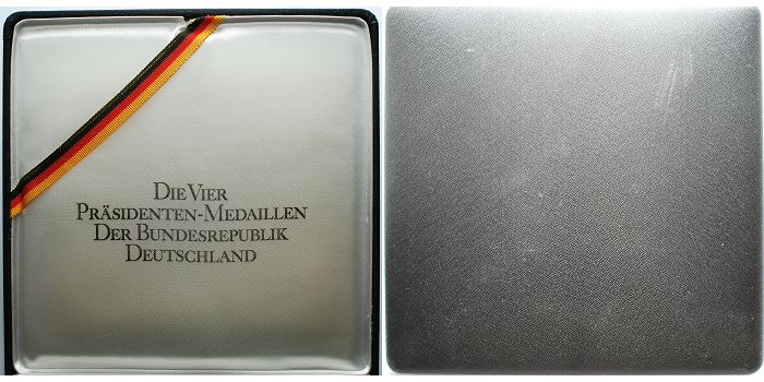 198,72g fein 50mm Ø 1974 Deutschland 4 Silbermedaillen, -Die 4 Präsidenten der BRD- inkl. Etui & Echtheits-Zertifikat AnlagesilberProof