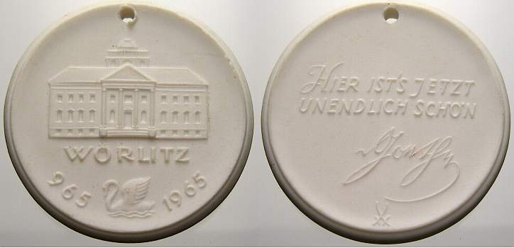 Porzellanmedaille 1965 W Porzellan Porzellanmedaillen. Gelocht, vorzüglich