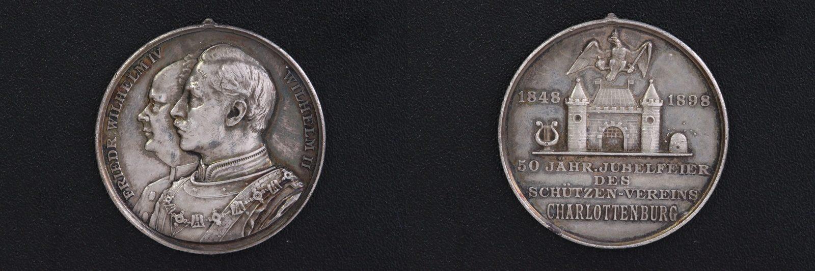 / 1889 Deutschland Medaille Silber - 50 Jahre Schützenverein Charlottenburg ss-vz/Henkelspur