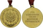 REPUBLIK ÖSTERREICH Vergoldete Bronzemedaille 1. Klasse