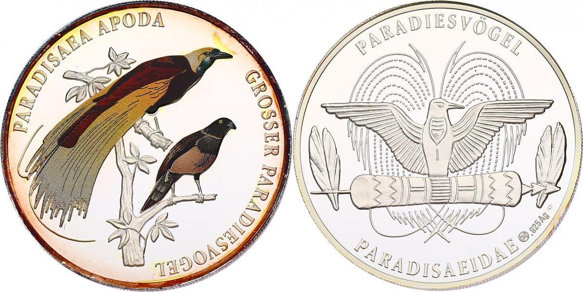 Ag-Medaille  Vogel Paradisea Apoda - Großer Paradiesvogel pp. mit Farbmotiv in Münzkapsel, av. Patina am Rand