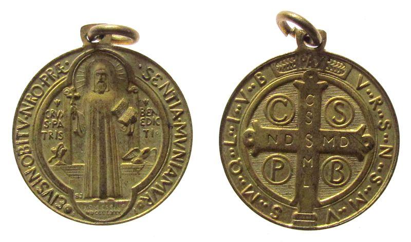 tragbare Medaille o.J. Italien Bronze vergoldet Benedikt von Nursia - Heiliger und Begründer des Klosters auf dem Monte Cassino, ca. 21 MM vz