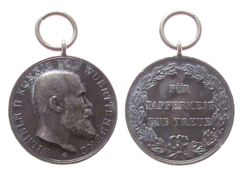 Medaille o.J. erster Weltkrieg -- Wilhelm II (1891-1918), Württemberg, für Tapferkeit und Treue, v. Schwenzer, 28,3 MM ss