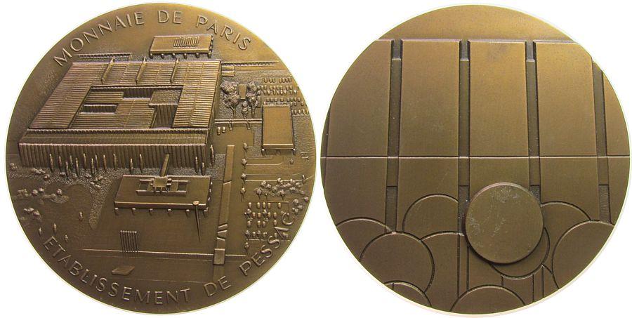 Medaille 1980 Frankreich Bronze Paris - Münze, Gebäude / Zain mit Ronden, Signatur: ER, ca. 81 MM, ca. 250 Gramm, winziger Randfehler vz-stgl