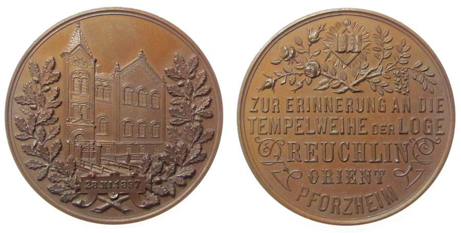 Medaille 1897 Freimaurer Bronze Pforzheim - auf die Tempelweihe der Loge Reuchlin, Logenhaus / Mehrzeiler, ca. 39 MM vz-stgl