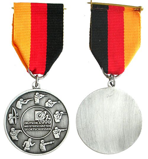 Teilnehmermedaille am Band 2006 Schützen nach 1945 -- Deutsche Meisterschaften - Sportschießen, ca. 40 MM vz-stgl