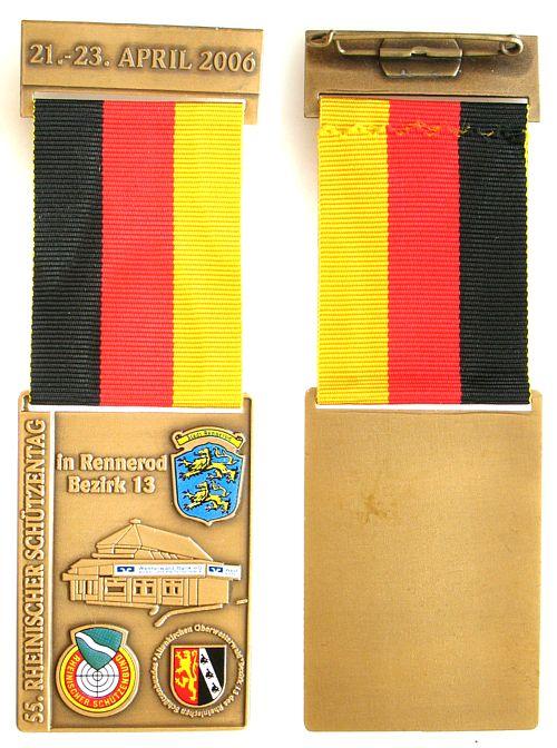 Teilnehmermedaille am Band 2006 Schützen nach 1945 -- Rennerod Bezirk 13 - 55. Rheinischer Schützentag, ca. 40 x 58 MM vz-stgl