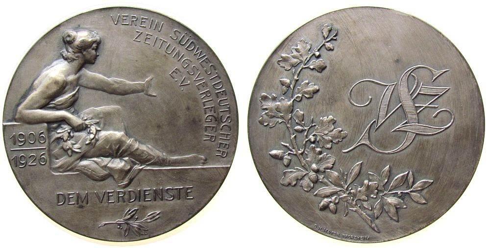 Medaille 1923 Weimarer Republik Bronze versilbert Verein Südwestdeutscher Zeitungsverleger e.V. - dem Verdienste, sitzende Frauengestalt mit Lorbeerkranz / Eich vz