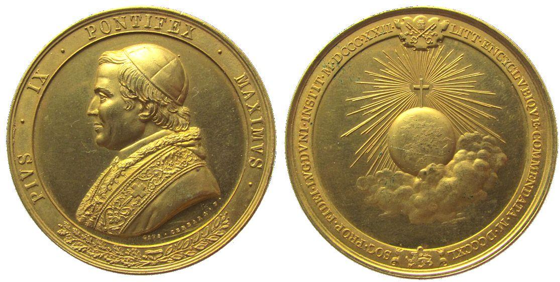 Medaille o.J. Vatikan Bronze vergoldet Pius IX (1846-1878), Brustbild nach links / Weltkugel in Wolke unter Kreuz in Glorie, v. Gius Cerbara, ca. 51 M vz