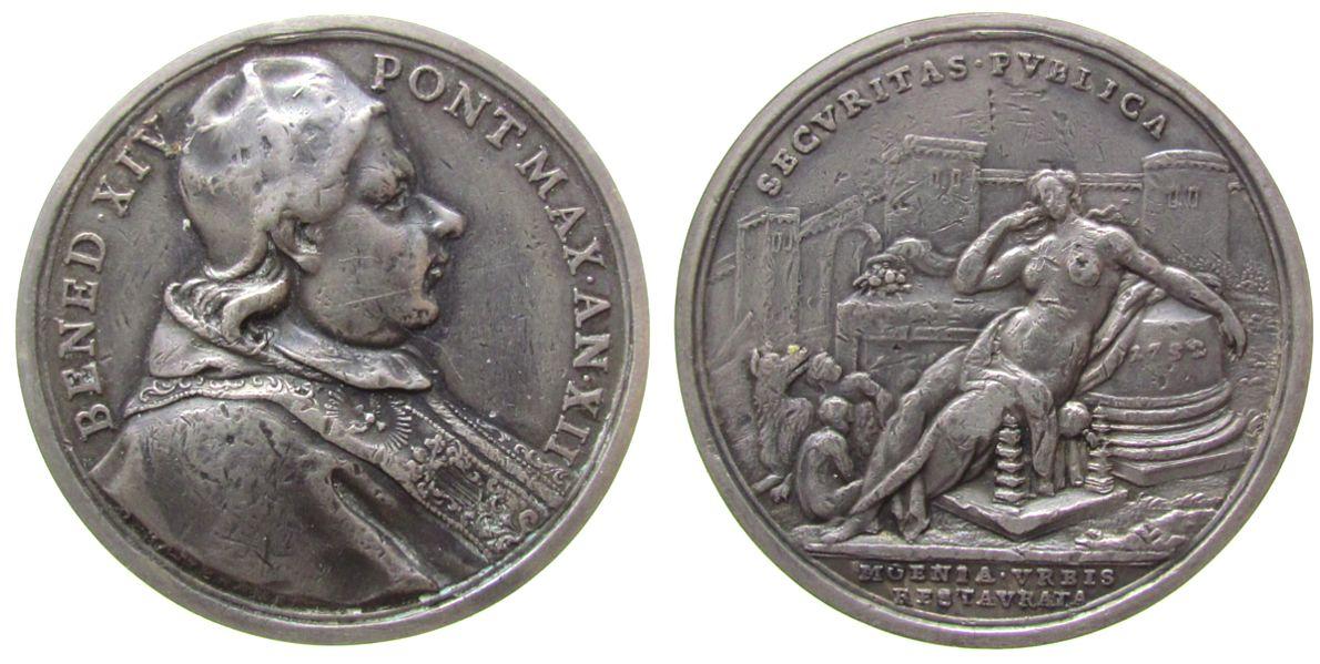 Medaille 1752 Vatikan Silber Benedikt XIV (1740-58) - die Vollendung der Restaurierung der Stadtmauer, Brustbild nach rechts / Securitas thront halbna ss