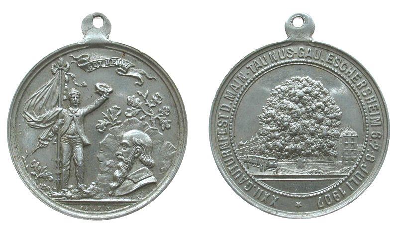 tragbare Medaille 1907 Frankfurt Aluminium XXII Gauturnfest Main-Taunus Gau, Eschersheim, Eiche / Büste Jahns und winkender Mann mit Fahne, v. Jörgum und Trefz, vz