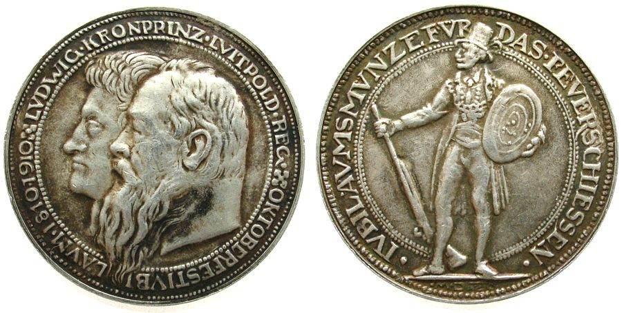 Medaille 1910 München Silber Luitpold (1886-1912) Prinzregent, Bayern, auf das Feuerschießen zur 100 Jahrfeier des Münchener Oktoberfestes, Doppelport ss
