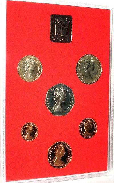 68,5 New-Pence 1981 Großbritannien div. Elisabeth II, Kursmünzensatz, OVP pp