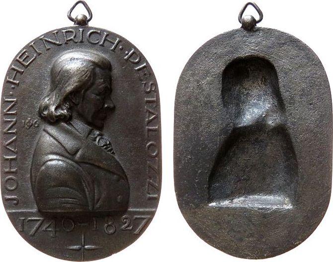 Medaillon o.J. Schweiz Eisenguß Pestalozzi Heinrich (1746-1827) - Schweizer Pädagoge und Erzieher, Brustbild nach rechts, erhabene Arbeit, einseitig, c vz