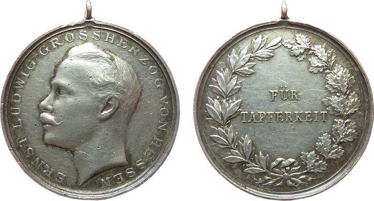 tragbare Medaille o.J. vor 1914 Silber Ernst Ludwig Großherzog von Hessen (1892-1918), für Tapferkeit, ca. 33,2 MM, ca. 14,13 Gramm ss