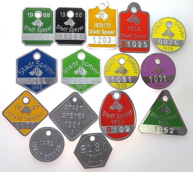 Hundemarken 1951 bis 1973 Speyer -- Hundemarken - Lot zu 15 Marken (eine doppelt), teilweise farbig vz