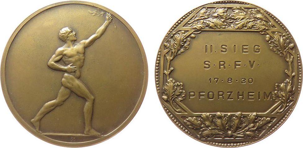 Medaille 1930 Sport Bronze Pforzheim - II. Sieg S.R.F.V 17.8.30, nackter Athlet mit Lorbeerzweig / Mehrzeiler, Signatur: BHM (B. H. Mayer, Pforzhei vz-stgl