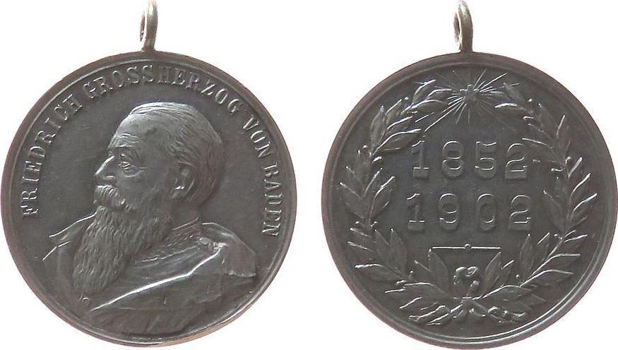 tragbare Medaille 1902 vor 1914 Bronze versilbert Friedrich I (1852-1907), Baden, auf sein 50 jähriges Regierungsjubiläum, v. R. Mayer, ca. 28,8 MM, Prüf- / Fei vz