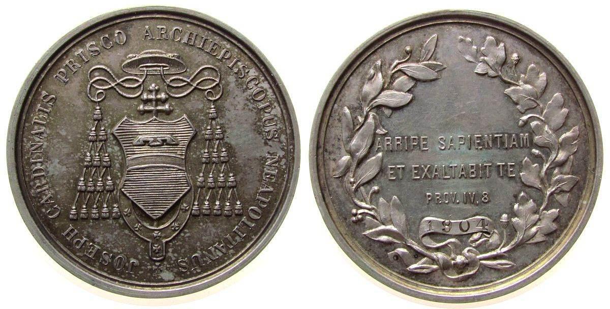 Medaille 1904 Italien Silber Prisco Joseph (1833-1923) Kardinal und Erzbischof von Neapel, Wappen / Schrift im Kranz mit Punze: 1904, unsigniert, ca. vz