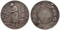 Frankreich Medaille Silber Compiegne - Gartenbauverein, zwei Personen bei der Gartenarbeit / Frau be