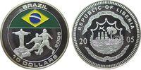 Liberia 10 Dollar -- Fußball, zwei Spieler, Brasilien, coloriert, etwas Patina