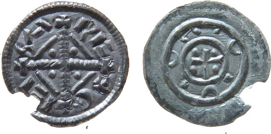 Denar 1141-62 o.J. Ungarn Ag Geza II (1141-62), Name um Kreuz mit Raute / Striche um Kreuz mit Punkten, ca.0,28 Gramm, Randausbruch vz