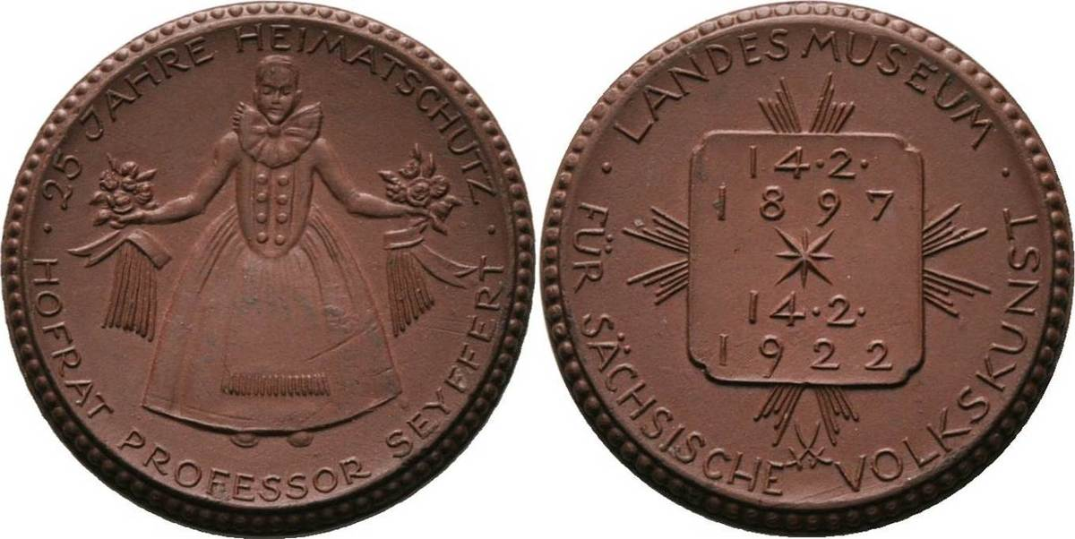 Braune Porzellanmedaille 1922. Porzellanmedaillen Dresden Avers kl. Flecke, vorzüglich