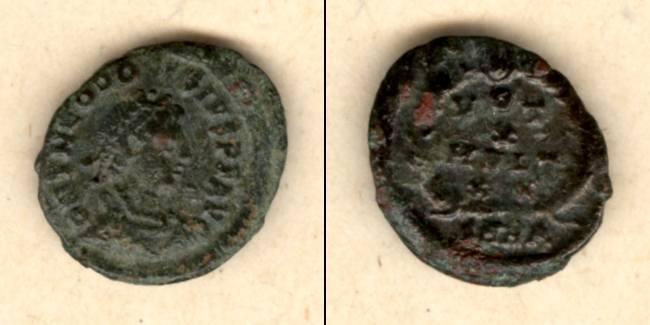 379-383 Theodosius I. Flavius THEODOSIUS I. (Magnus) AE3 Kleinbronze selten [379-383]