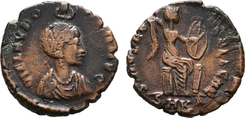 Bronze 1.Offizin, Cyzikus. RÖMISCHE KAISERZEIT Eudoxia, Augusta 400-404 Rauhe Oberfläche. Sehr schön