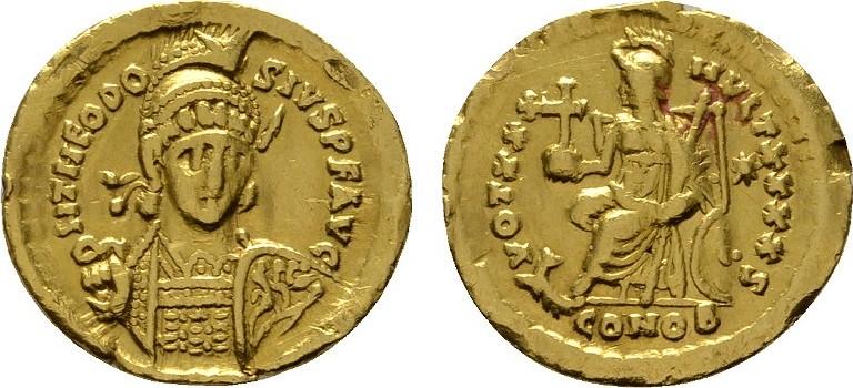 AV-Solidus 2. Offizin, 430-440 Konstantinopel. RÖMISCHE KAISERZEIT Theodosius II., 408-450. Kleine Verformungen am Rand. Sehr schön