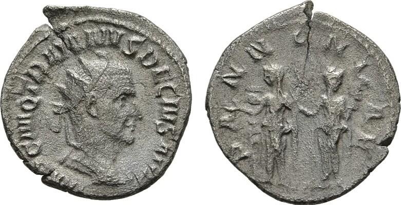 AR-Antoninian, Rom. RÖMISCHE KAISERZEIT Traianus Decius, 249-251. Kl. Schrötlingsriß. Sehr schön