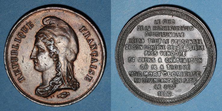 1870-1871 REVOLUTIONÄRE URKUNDEN und KRIEG VON 1870 Guerre de 1870-1871. Mort du duc de la Rochefoucauld. Médaille étain bronzé. 45,8 mm ss