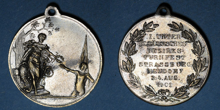 1901 ELSAß Alsace. Strasbourg. Tournoi de gymnastique du Neudorf. 1901. Médaille laiton nickelé. 33,5 mm ss-vz