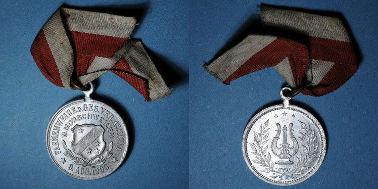 1908 ELSAß Alsace. Morschwiller le Bas. Chorale Alsatia. Consécration du drapeau 1908. Médaille aluminium vz
