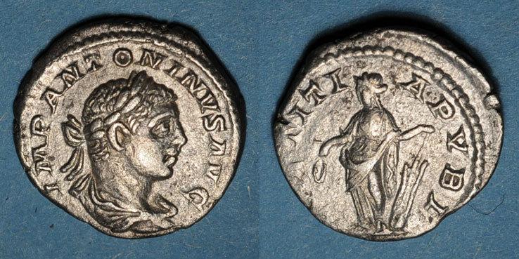 219 RÖMISCHE KAISERZEIT Elagabale (218-222). Denier. Rome, 219. R/: la Joie Revers décentré sinon ss