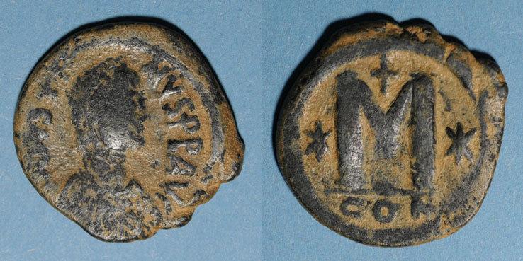 527-538 n. Chr. BYZANZ Empire byzantin. Justinien I (527-565). Follis. Constantinople, 4e officine, 527-538 s