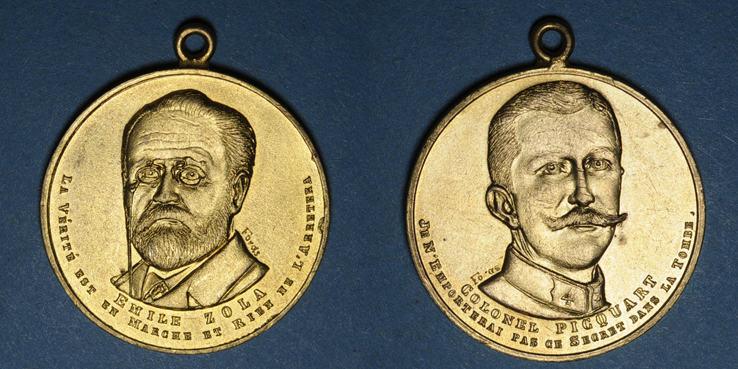 MEDAILLEN Affaire Dreyfus. Emile Zola et le colonel Picquart. Médaille en bronze doré. 31,08 mm R ! R ! vz