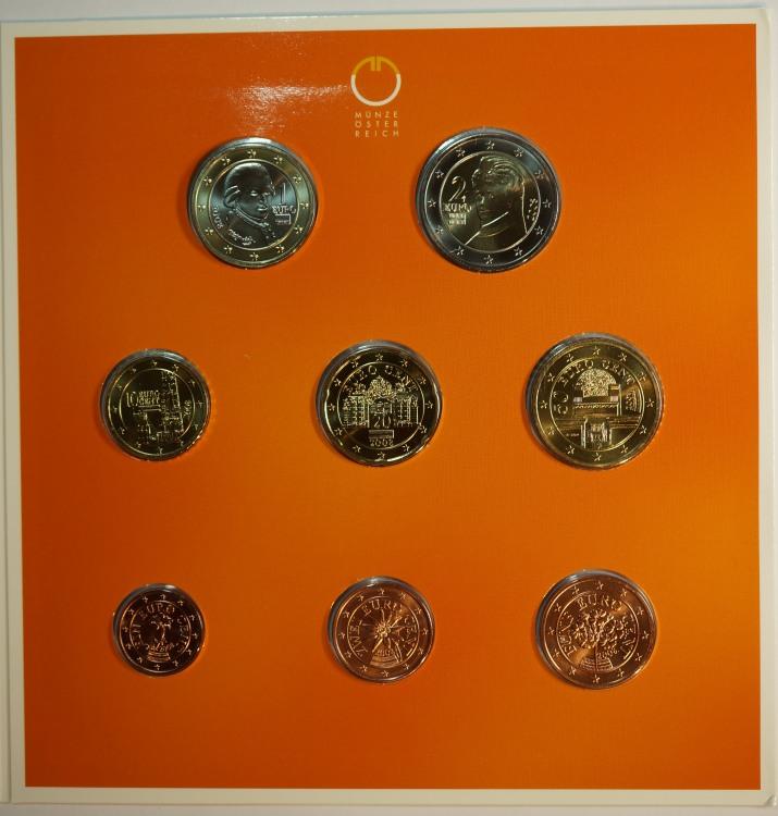 3.88 Euro 2008 Österreich Offizieller Kleinmünzensatz Handgehoben