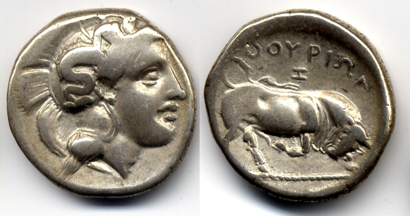 Nomos / stater 350-300 BC LUCANIA / LUKANIEN Thourioi - head of Athena & Bull butting Very Fine