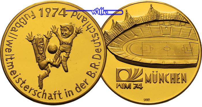 13 41g Fein 30mm O 1974 Munchen Deutschland Goldmedaille Zur Fussball Weltmeisterschaft In Brd 1974 Maskottchen Stad Munchen Pp Leicht Berieben