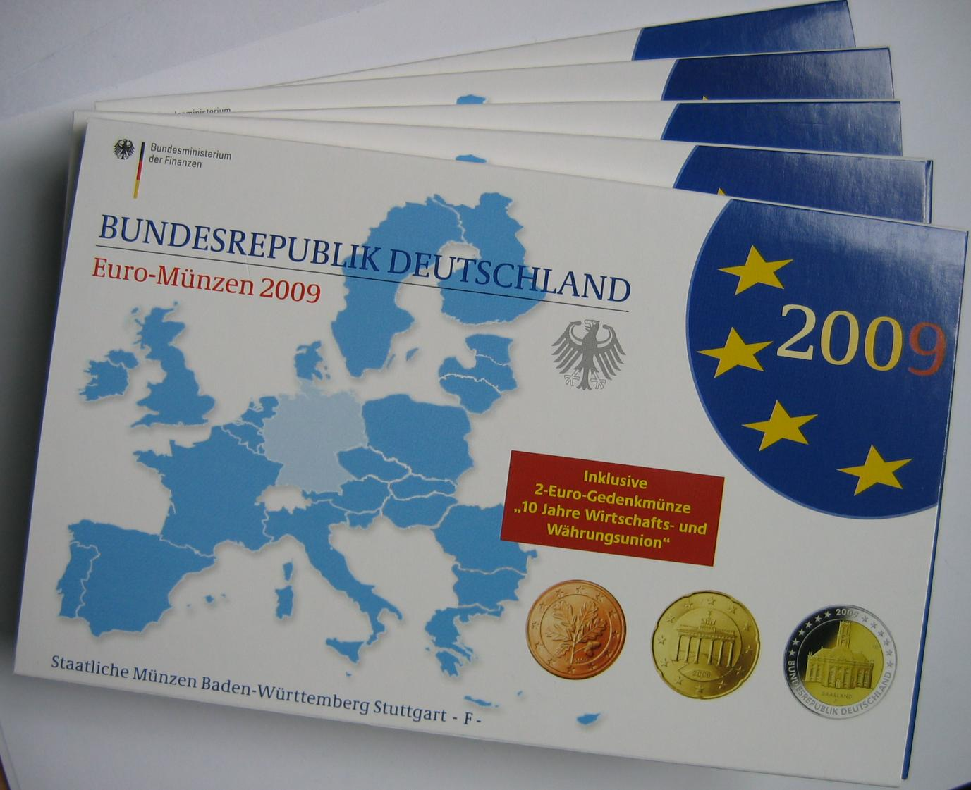 29,40€ 2009 Deutschland Kursmünzensätze mit 2€ Saarbrücken und 10J. EURO PP